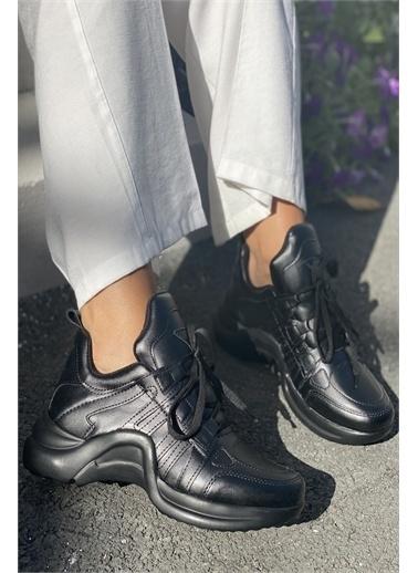İnan Ayakkabı 1. KALİTE SUNİ DERİ BAYAN SPOR AYAKKABI Siyah